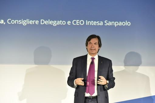 """Intesa Sanpaolo: """"Avanti con l'Ops su Ubi Banca, puntando sui territori e sostenendo le attività sociali"""""""