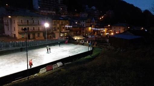 La pista di pattinaggio su ghiaccio a Crissolo