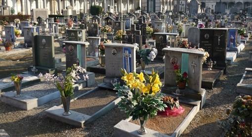 Borgo San Dalmazzo, Festa di Ognissanti: cimitero aperto, ma all'interno niente cerimonie religiose