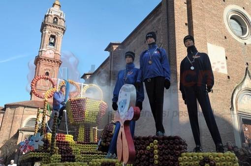 Il carro di Revello all'89esimo Carnevale di Saluzzo
