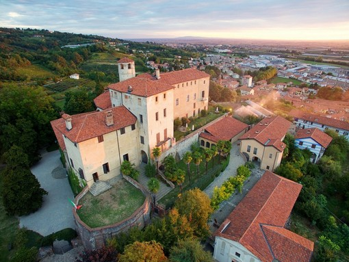 Veduta sul Castello della Manta - Ph Marco Abbà