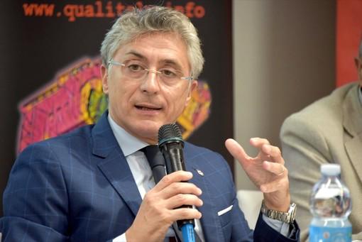 Il sindaco di Alba, Carlo Bo