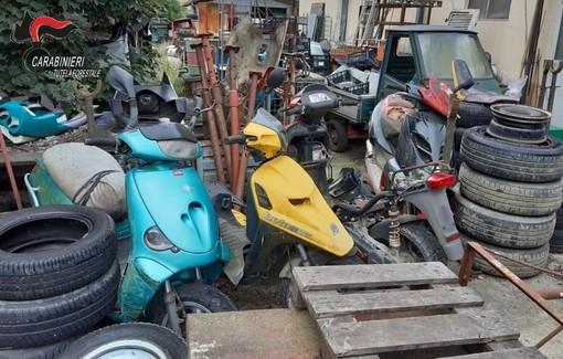 Cimitero delle moto costa una denuncia a meccanico di Monteu Roero