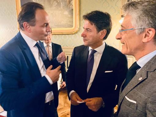 Il premier Conte col governatore Cirio e il sindaco albese Carlo Bo