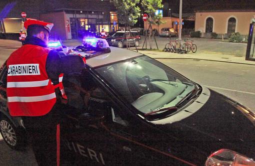 """Ubriaco, disturbava residenti ed esercenti nella zona della stazione: emesso ad Alba il primo """"Daspo urbano"""" della provincia di Cuneo"""