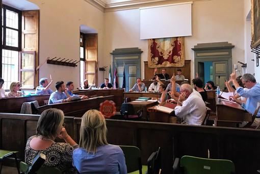 Alcune immagini del Consiglio comunale di ieri sera (10 giugno) a Saluzzo