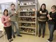 Arianna, Ciro e Letizia con la coordinatrice Rossella Briano nel laboratorio di trasformazione