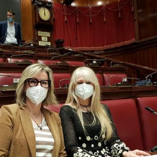 """Pari opportunità, Ciaburro e Caretta: """"Con i nostri emendamenti aiuto alle donne in carriera"""""""