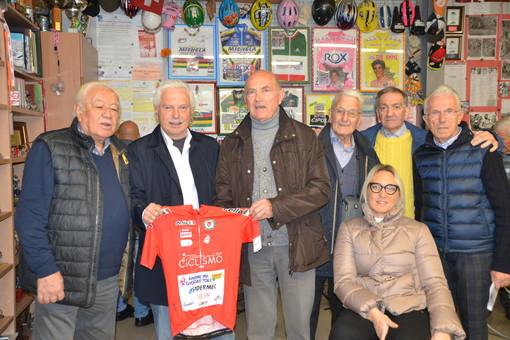 Gianfranco Cavallo insieme a Franco Balmamion, Italo Zilioli e altri nomi noti del ciclismo italiano, ospiti al Museo della Bicicletta di Bra