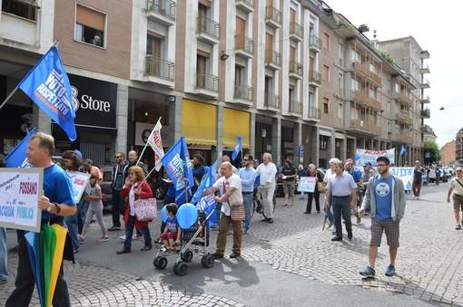 La manifestazione della scorsa settimana a Bra