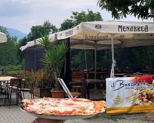"""La """"Pizzeria Il Boschetto"""" di Sanfront apre anche a pranzo e prepara la grigliata di Ferragosto"""