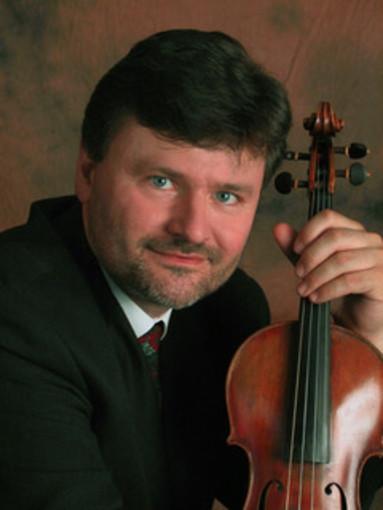 Il violinista Enrico Casazza