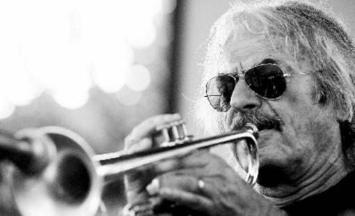 """""""Il mio Jazz"""": lectio magistralis di Enrico Rava alla Fondazione Mirafiore"""