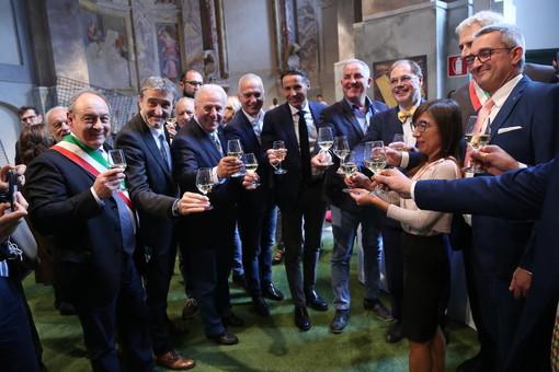 Brindisi inaugurale per la 21ma Fiera del Marrone, al via la tre giorni di enogastronomia targata Cuneo