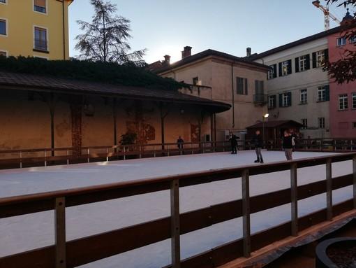 Fossano: piace piazza delle Uova on Ice