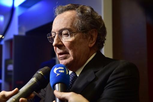 Intesa San Paolo: un milione di euro alla ricerca scientifica Covid-19 dal fondo di beneficienza