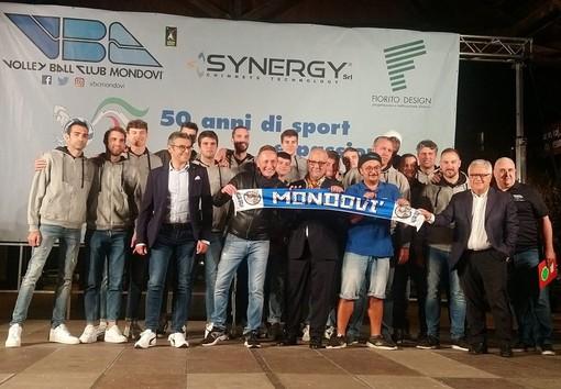 Foto di gruppo del Vbc Synergy Mondovì