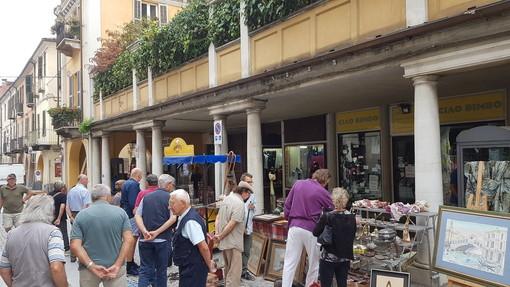 A Fossano il gradito ritorno del mercatino dell'antiquariato e degli hobbisti