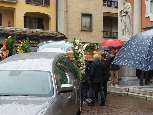 """A Boves il funerale di Andrea Barale: """"Facciamo del dolore speranza, continuando a sentirlo vicino"""""""