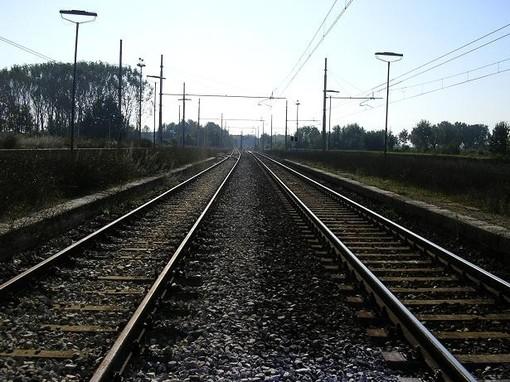 Lunedì mattina di passione per i pendolari del Cuneo-Torino: 95 minuti di ritardo per il convoglio delle 7.24