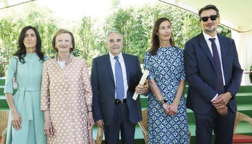 La famiglia Ferrero premia i dipendenti anziani (foto Murialdo-Muratore)