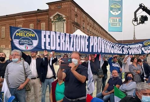 La rappresentanza cuneese alla manifestazione di Torino in piazza Castello del 23 settembre, alla presenza di Giorgia Meloni