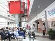 Un momento dell'assemblea tenuta nello spazio al terzo piano dell'ospedale