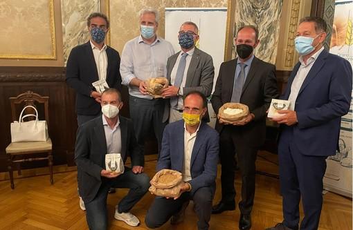 GranoPiemonte, Coldiretti Cuneo: pane fresco 100% made in Granda con la farina del primo raccolto (VIDEO)