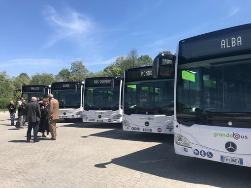 Cuneo: presentati cinque nuovi autobus ibridi per il trasporto pubblico locale