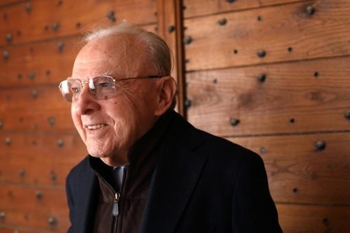 Il farmacista e produttore Giacomo Oddero: ha da poco compiuto i 95 anni