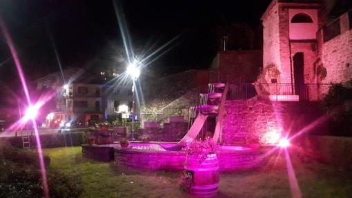 Anche Cossano Belbo si tinge di rosa per il mese della prevenzione al femminile