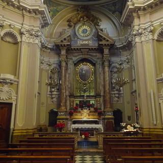 Interno della Chiesa del Monastero di Santa Chiara, a Bra