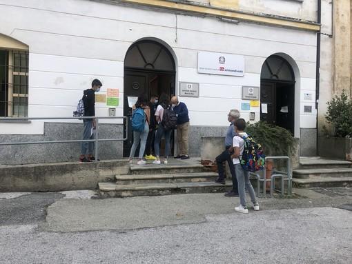 Ritorno sui banchi anche per gli oltre 900 studenti dell'Arimondi Eula di Savigliano (FOTO E VIDEO)