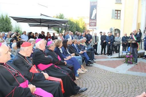 """Alba: intitolata una piazza a """"San Giovanni Paolo II"""""""