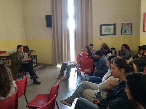 """L'Istituto Cravetta Marconi di Savigliano ha partecipato al progetto """"Adotta uno scrittore"""""""