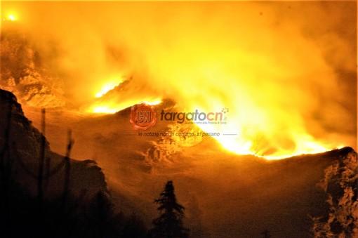 Un anno fa la Val Varaita col fiato sospeso per l'emergenza incendi: 378 ettari in fumo tra Casteldelfino, Bellino e Pontechianale