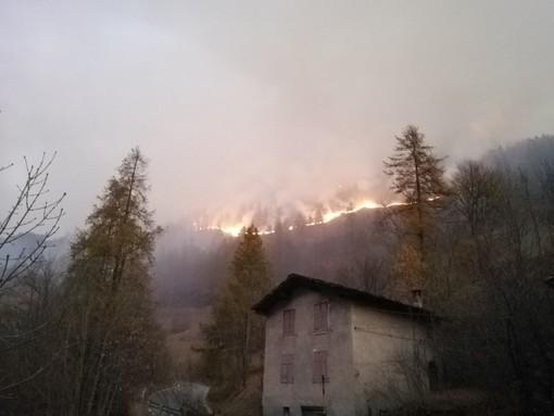 L'incendio a Casteldelfino - Foto di repertorio
