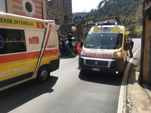 Grave incidente stradale in Val Roja a Olivetta San Michele: coinvolta una donna di Entracque (GALLERY)