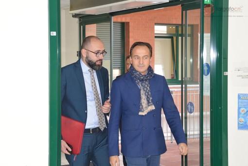 """Alberto Cirio in visita all'ospedale di Mondovì: """"Carenza di medici e liste d'attesa, ecco dove migliorare"""" (FOTO e VIDEO)"""