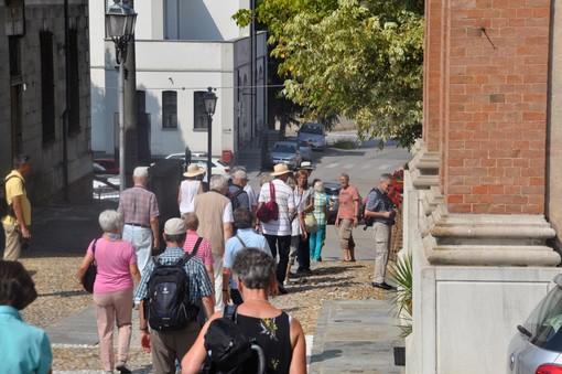 Soldi agli alberghi per i dehors e pacchetti vacanze con 2 notti gratis: il Piemonte investe 40 milioni sul turismo