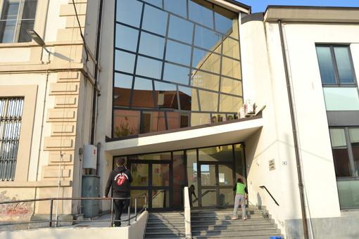 """Fossano, il Liceo Ancina """"apre le sue porte… anche a distanza"""" organizzati incontri online per l'orientamento in entrata"""