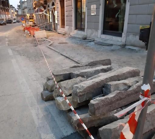 A Mondovì avviati i lavori per i marciapiedi di Breo e Sant'Anna Avagnina