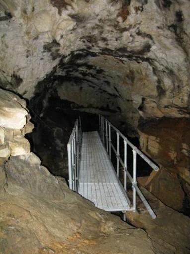 L'interno della Grotta del Rio Martino 1 (foto Fabrizio Bessone)
