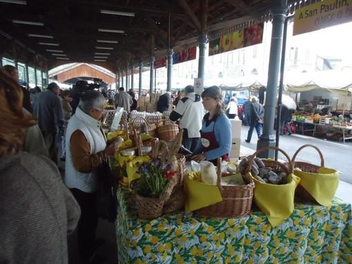 Mondovì, ufficiale: domani il mercato si farà, ma solo con banchi alimentari