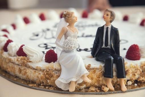 Finto matrimonio per avere il permesso di soggiorno: nei ...