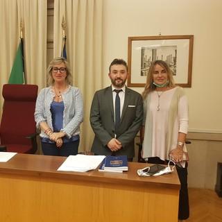 Monica Ciaburro con presidente e vicepresidente della Commissione Agricoltura alla Camera