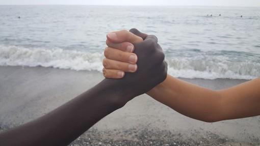 Migranti: Clarisse e Carmelitane scrivono al presidente Mattarella e al premier Conte