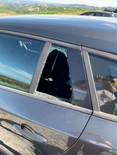 L'auto aperta dai ladri