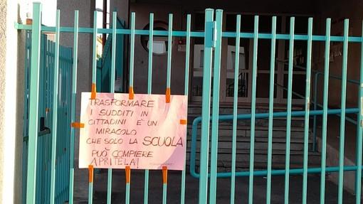 Uno dei cartelloni realizzati da PAS Mondovì