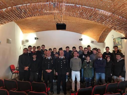 """Mondovì: gli studenti dell'IPSIA """"Garelli"""" incontrano i carabinieri"""